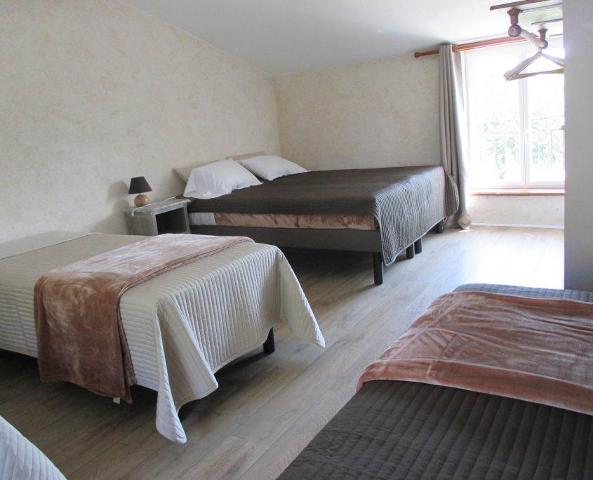 Gîte de groupe au Lac de Grand-Lieu près de Bouaye , plusieurs chambres à louer